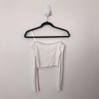 MENDOCINO Size S White Off-the-shoulder Scallop Hem Crop Top