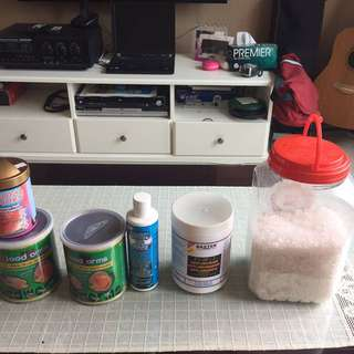 Fish food & anti chlorine, new water treatment, royal hornpallets , blood worms , all for $18.00 only