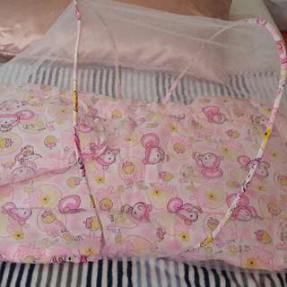 Mosquito Net With Comforter And Pillow