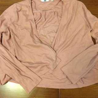Uniqlo粉色薄外套 九成新