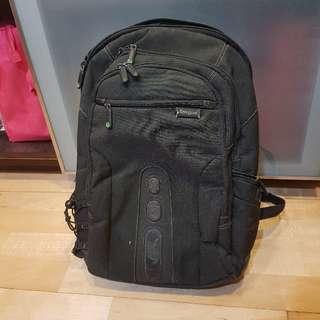 🚚 Targus Spruce 綠活環保電腦後背包 (黑色/15.6 吋筆電適用)