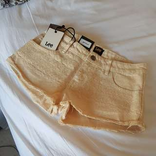 Lee Shorts In Dust Yellow Size 6