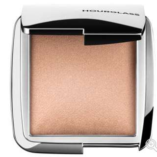 NEW Hourglass Ambient Strobe Lighting Powder RRP$55