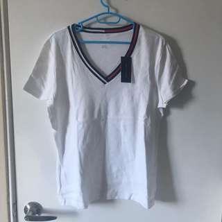 TOMMY HILFIGUER TEE