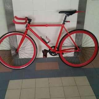 Full Fixie Red BikeFIXED ĢEAR*COMES WIF A FREE LOCK*(URGENT)
