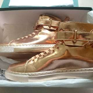 Buscemi 100MM Rose Gold Metallic Leather Limited Edition High-top Sneakers US 9 EU 42 For Sale.