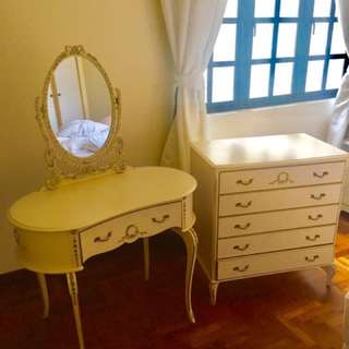 * Bargain * Antique dresser and vanity combo