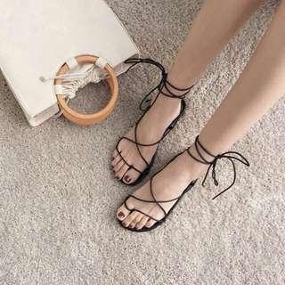 綁帶羅馬平底涼鞋