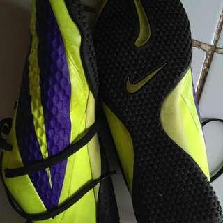 Nike Futsal Hypervenom Size 42
