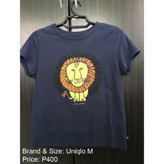 UNIQLO T-shirt Top Navy Blue Medium