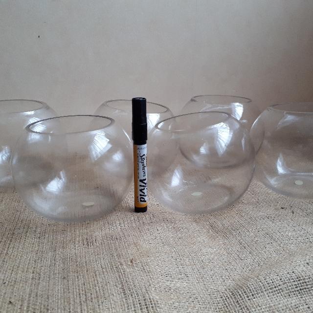 6 Mini Fish Bowls