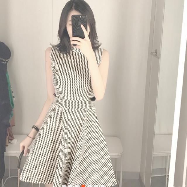 【全新含運】黑色條紋彈性布料腰間網紗性感洋裝