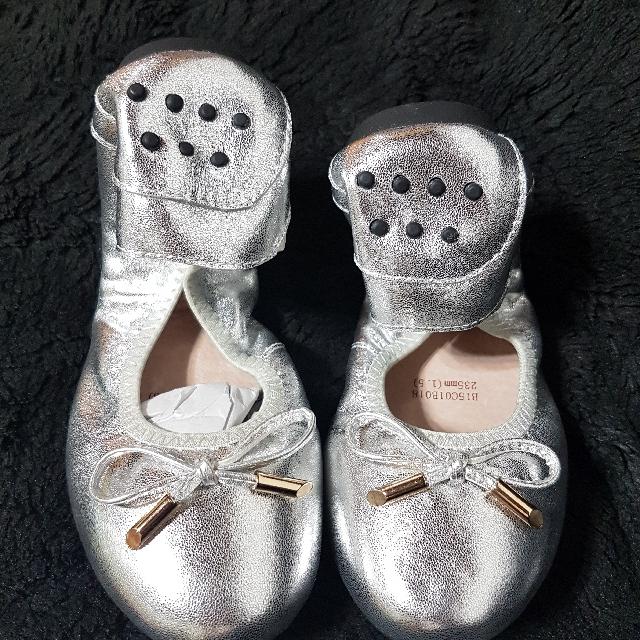 【全新含運】銀色豆豆款平底娃娃鞋 37號(23.5號)