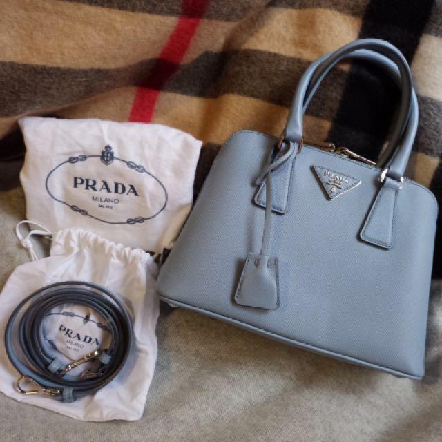 Almost New Authentic Prada small saffiano leather bag