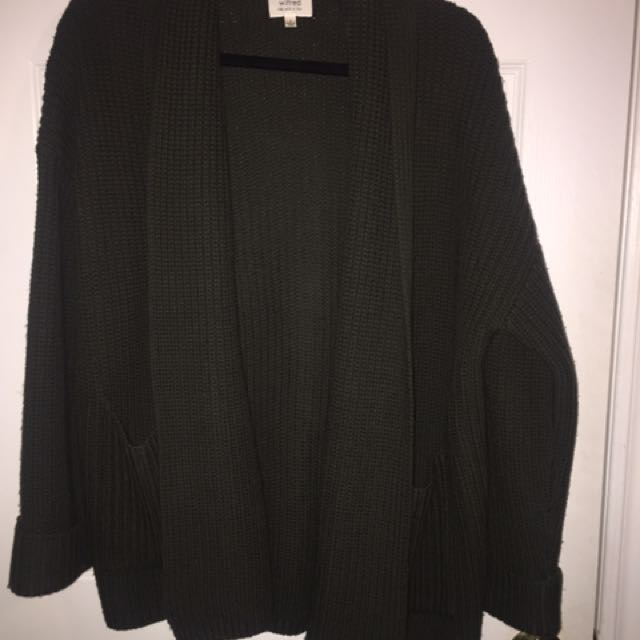 Aritzia Wilfred oversized cardigan