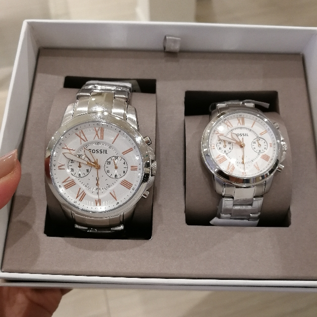 Authentic Fossil Couple Watch Set