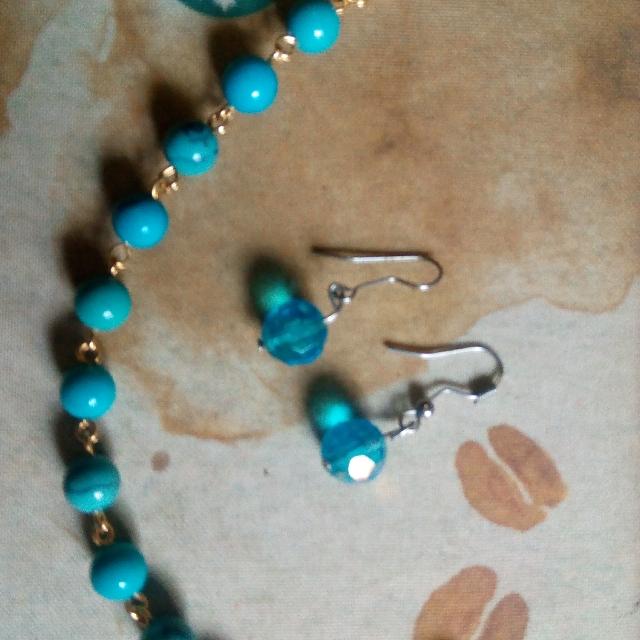 Avon Rosary Bracelet and Earrings