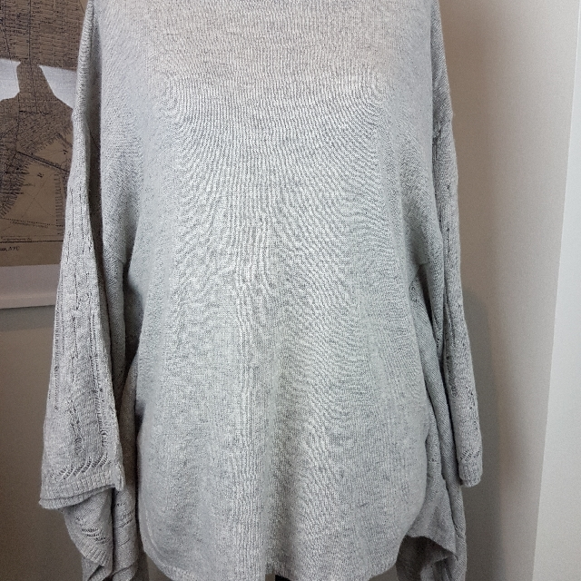Bcbg Hans Sweater Size MEDIUM
