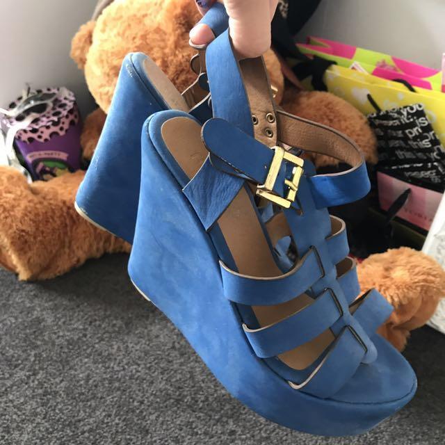 Blue high platform shoes, size EU 38