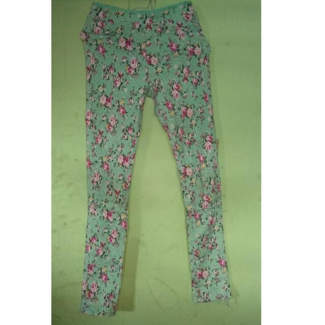 celana jeans flowers