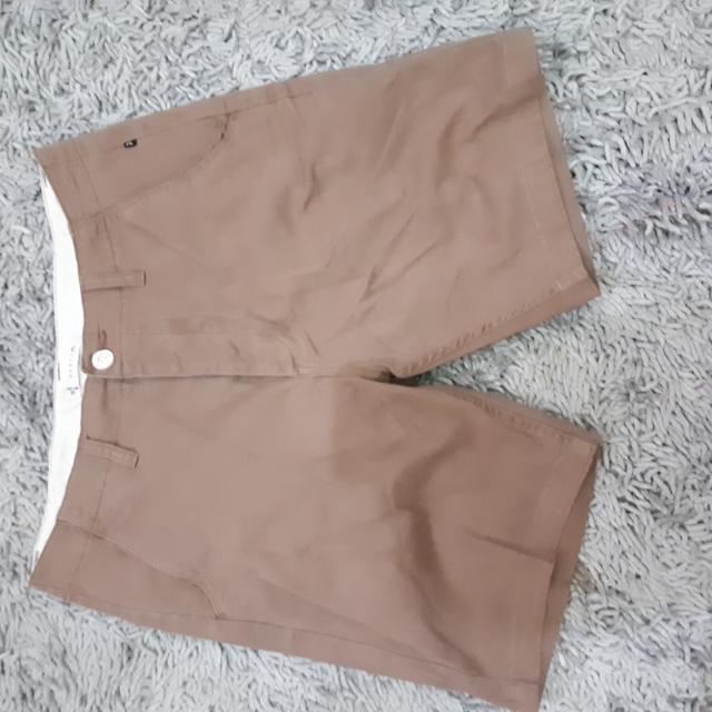 Celana Pendek RUSTY