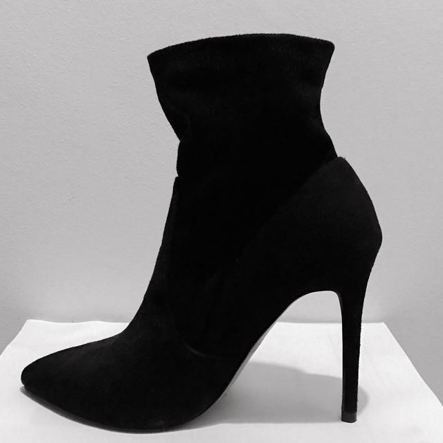 FOREVER 21 HEELED ANKLE BOOTS, Women's