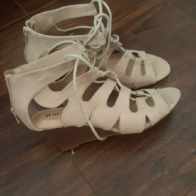 Justfab Nude Wedges Size 7.5