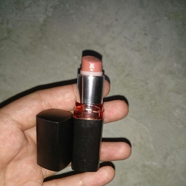 Maybelline Lipstick Barely Nude