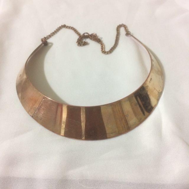 Necklace / Chocker
