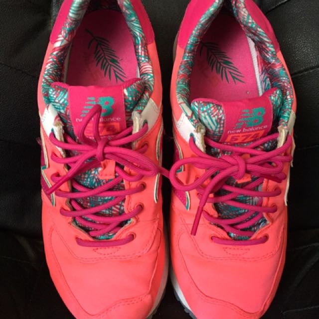 New Balance 575 Coral turquoise teal size 9