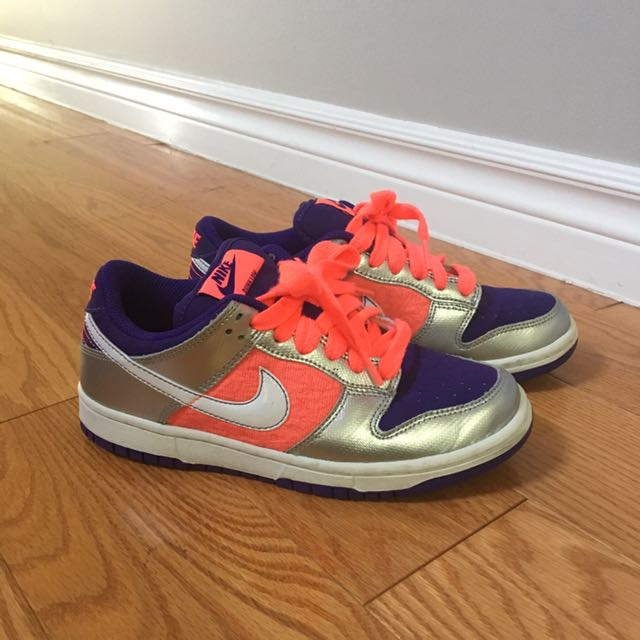 Nike Dunk Lows Size 6.5