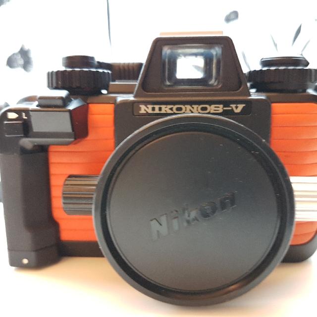 Nikon Nikonos V With Strobe