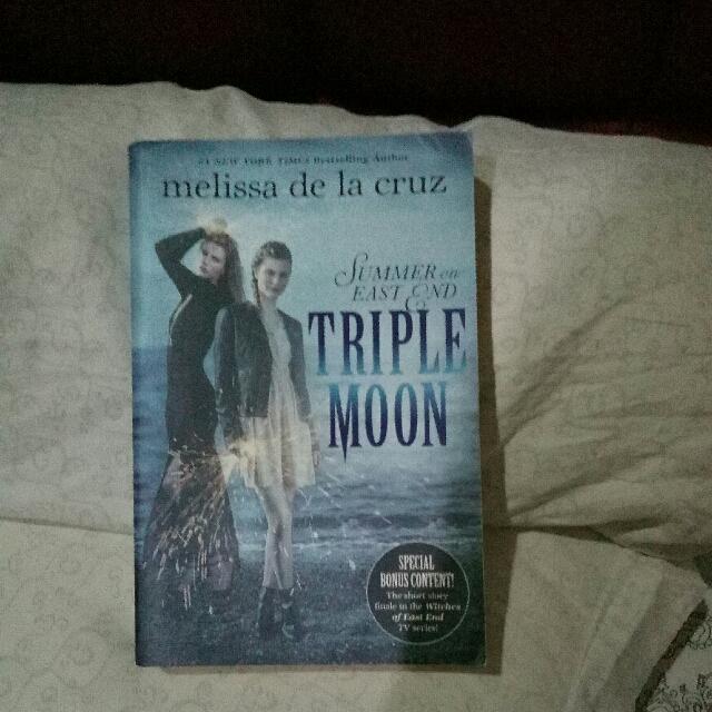 Novel Triple Moon