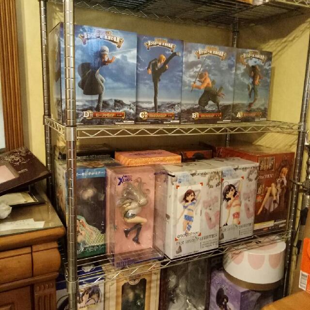 《公仔屋》P.O.P只能整組賣也是一隻1000其他均一隻1000直到9/19號止!!!