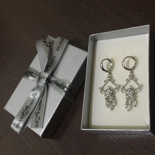 Silver Earrings ( Silver Finds )