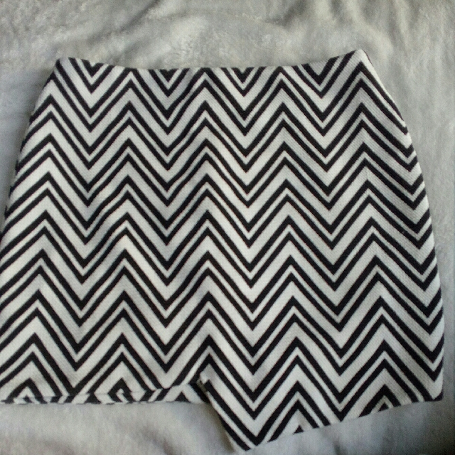 Skirt Sz M