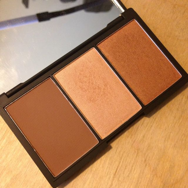 Sleek Medium Face Form Palette