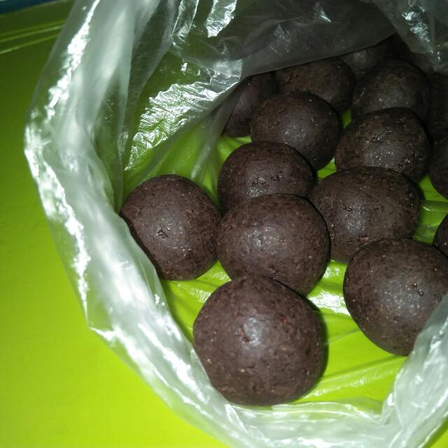 Tablea (Tableya) balls from Batangas