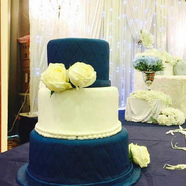 White And Navy Blue Fondant Wedding Cake, Food & Drinks, Baked Goods ...