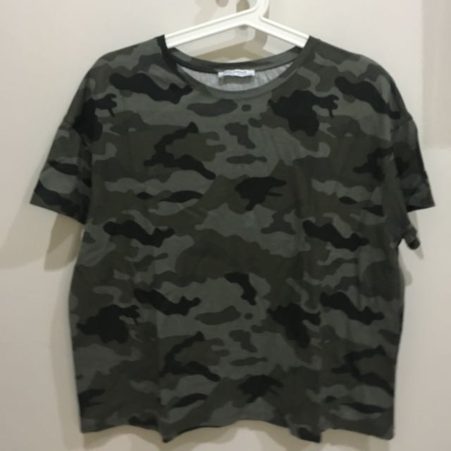 ZARA ARMY T-SHIRT