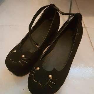 貓貓鬆糕鞋