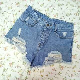 牛仔短褲m號