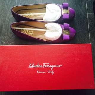 Salvatore Ferragamo Flat in size 8