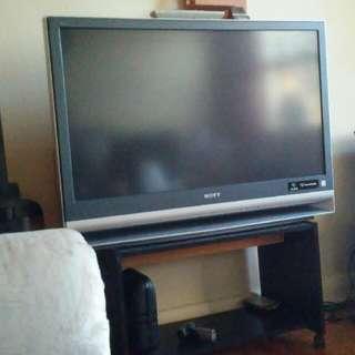 39 inch 3LCD Sony box TV