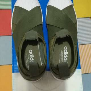 Authentiic Adidas Slip on Army Green