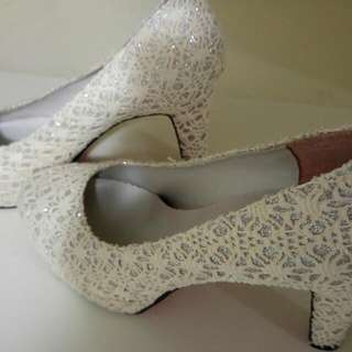 High Heels- Beige Silver
