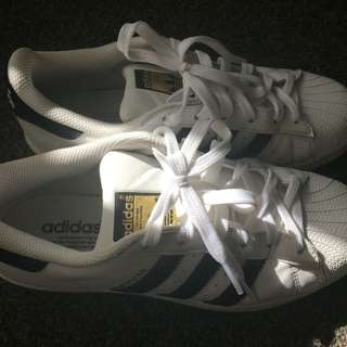 White Superstars