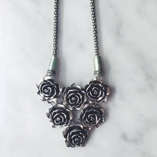 Stunning Silver Rose Necklace