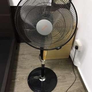 SONA standing fan
