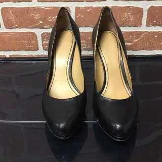 nine west (black leather pump size 8.5